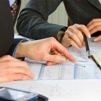 В каких случаях назначаются и как проводятся внеплановые проверки?